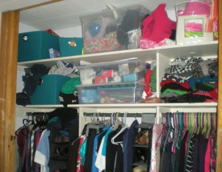 dorm-closet